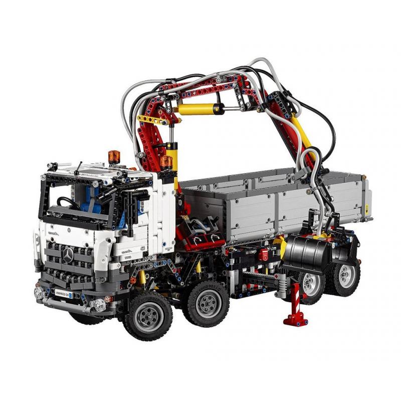 lego technic mercedes benz arocs 3245 42043 retired. Black Bedroom Furniture Sets. Home Design Ideas